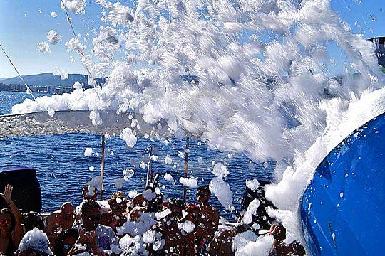 Ibiza boat party foam gun