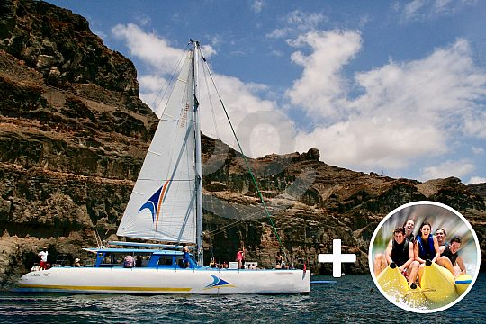 Sailing on a catamaran in Gran Canaria