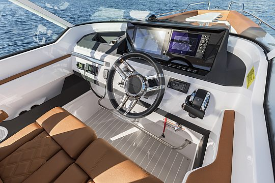 New motorboat charter