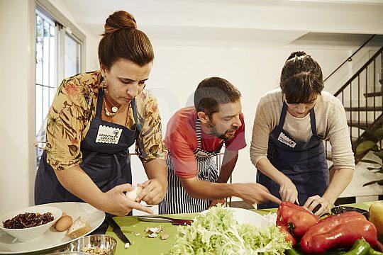Prepare Catalan dishes