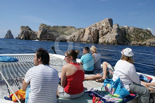 Relaxed boat trip Costa Brava