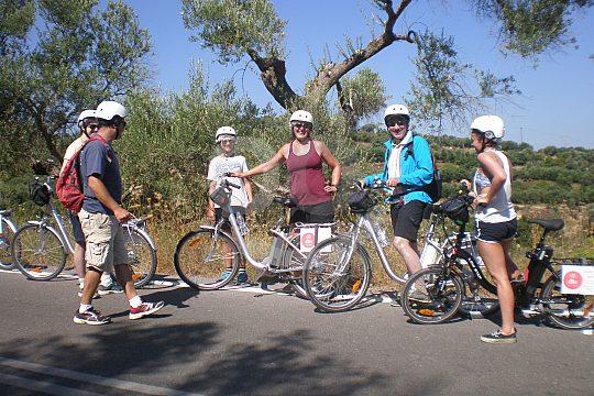 e-bike cycling tour in Crete