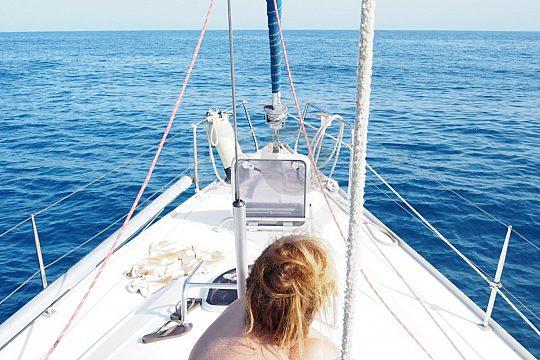 Sailing trip with skipper from Malaga