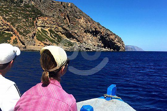 Trip in a fishing boat near Lissos