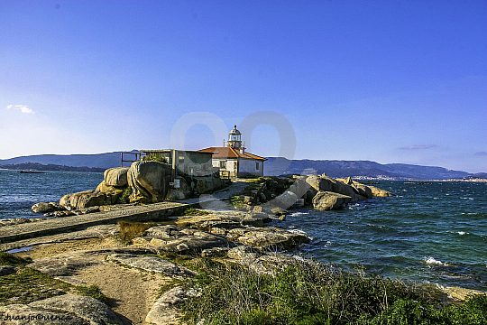 lighthouse on the Ría de Arousa tour