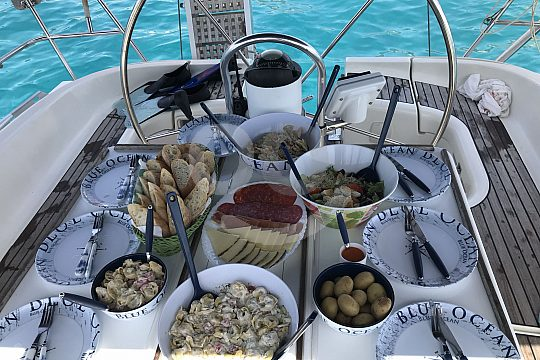 Catering on sailing trip from Morro Jable