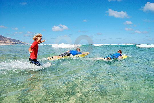 Schnelle Lernerfolge beim Surfen auf Fuerteventura