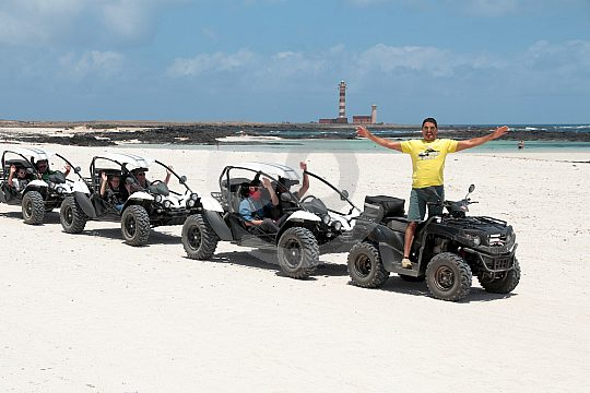 Drive a buggy in Cotillo