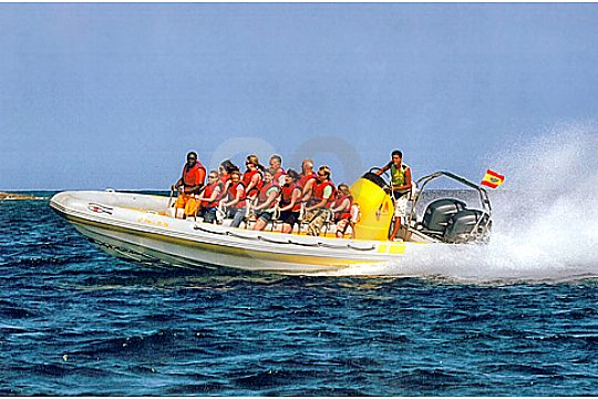 speedboat with group