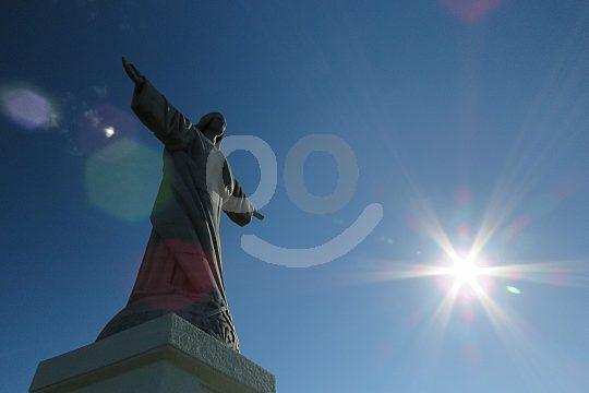 Cristo Rei Statue in Garajau