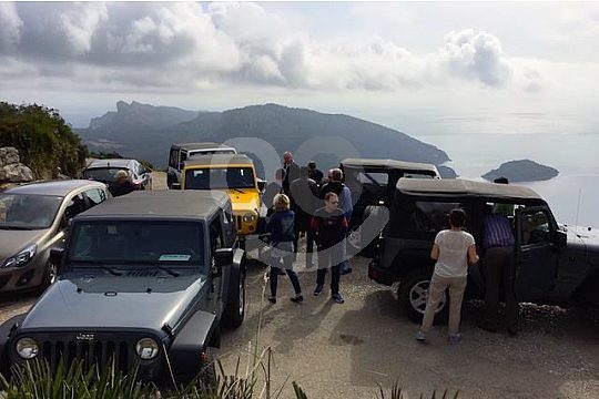 the jeep tour on Majorca up to your wishes