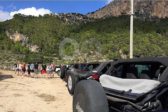 photo stop on the private jeep safari
