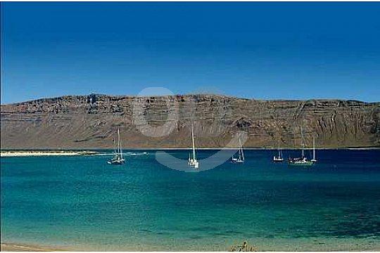 catamaran tour in La Graciosa