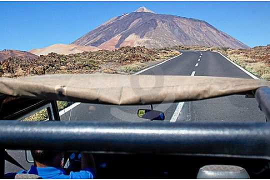 View from the Jeep to the Teide in Tenerife during the Jeep Safari