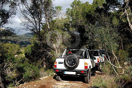 Jeep safari east coast of Mallorca through forest