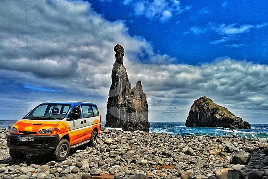 see the northwest of Madeira during a jeep safari