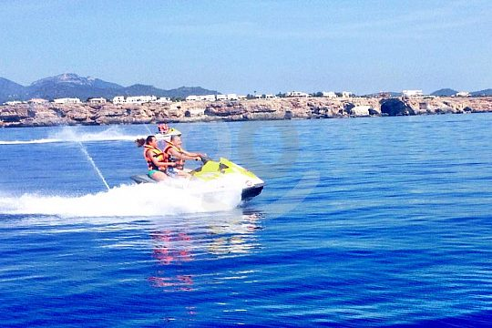 full speed jetskiing