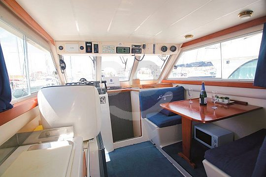 Private boat tour for up to 9 persons