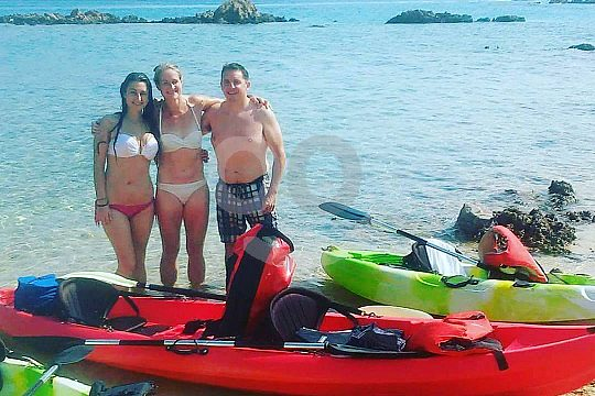 Paddling with friends in Crete