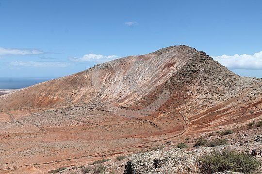 Go hiking in Fuerteventura