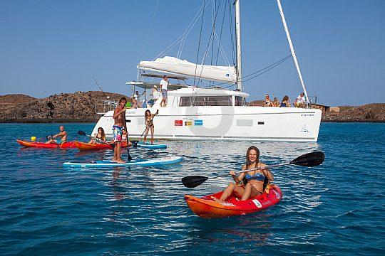 Fuerteventura Catamaran Tour with Kayak