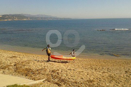 mit dem Kayak auf das Mittelmeer