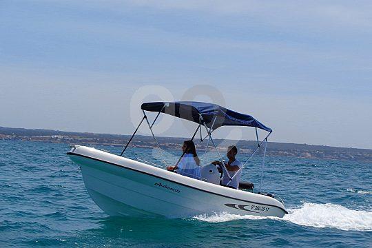 Boot ohne Führerschein in Portocolomma