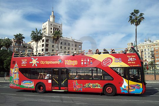 Tour by City Sightseeing Bus in Málaga