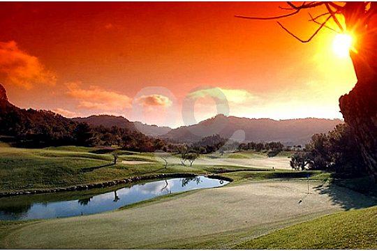 mallorca golf card golfplutz bei sonnenuntergang