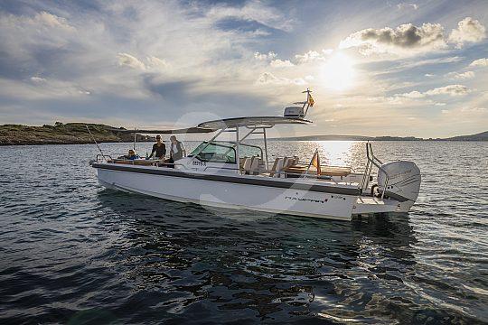 Motorboat charter on Mallorca