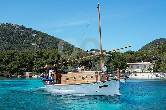 boat charter Mallorca without licence with skipper