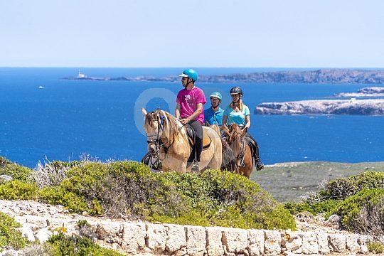 Reitausflug am Meer auf Menorca