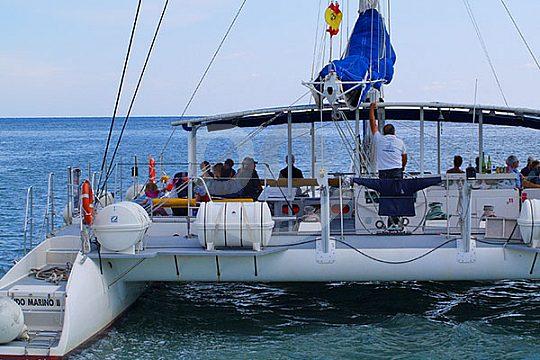 catamaran on tour