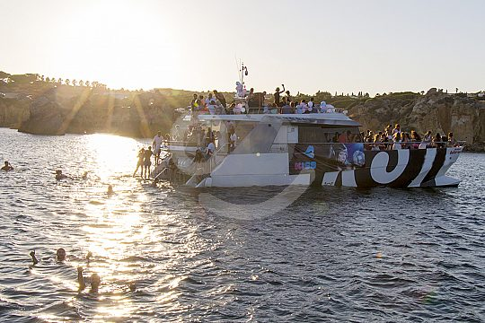 Dancing on the coolest Algarve party boat