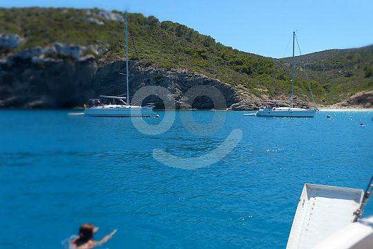 swimming in Es Burri in Cabrera