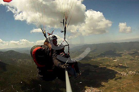 Fallschirmflug über Benidorm