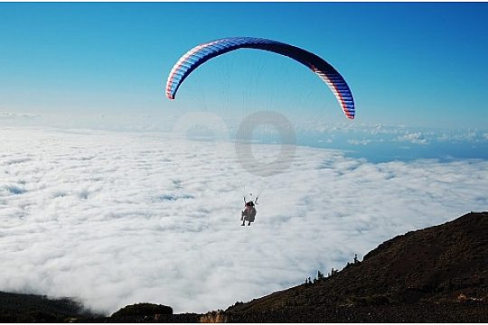 So close to heaven with the paragliding in Tenerife Ifonche