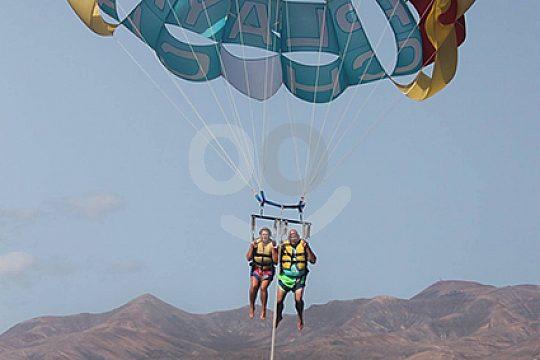 Lanzarote parasailing