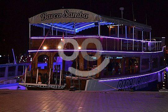Party boat Barca Samba