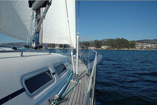 half-day sailing trip from Vigo