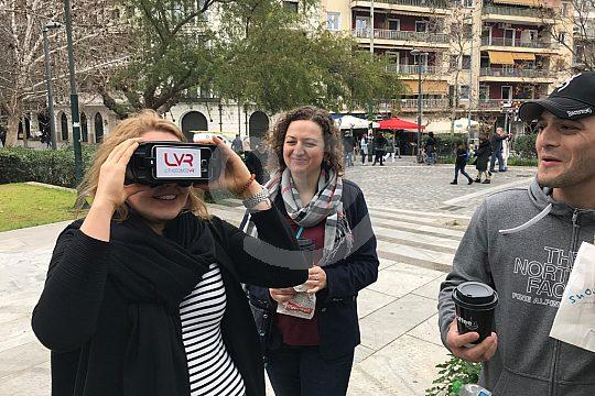 Besucher mit 3 D Brillen