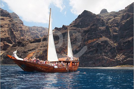 Tenerife boat trip with the pirate boat