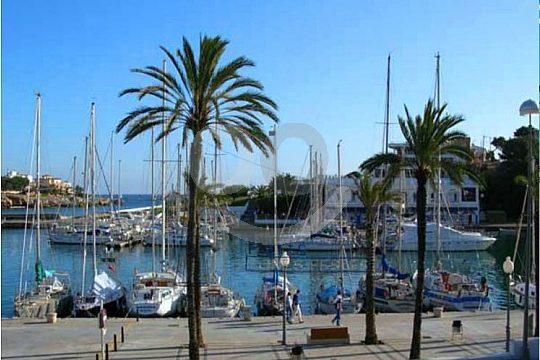 Porto Cristo harbour excursion in Mallorca from Paguera