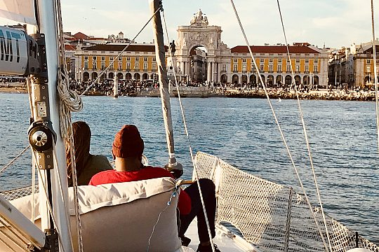 experience the sights of Lisbon on a sailing yacht