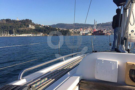 sailing boat charter in Vigo