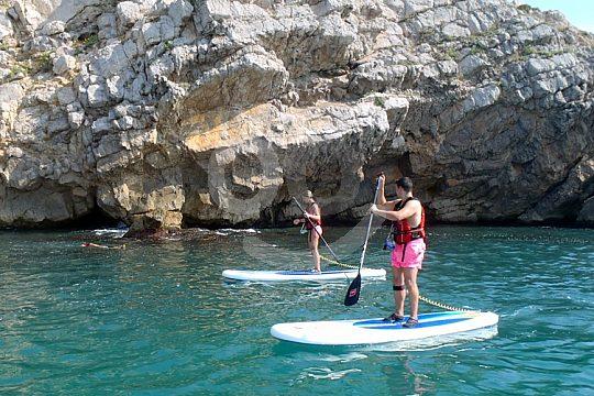 Paddle-Surf Sitges: Auf dem Weg zu schönen Buchten