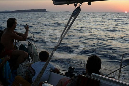 sunset sailing trip in Fornells