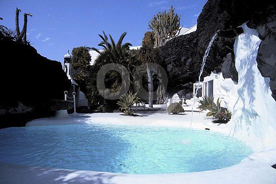 Jameos del Agua visit in Lanzarote