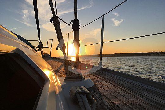 sunset cruise lisbon