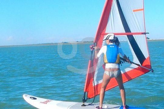 Learn windsurfing on Guadalquivir river